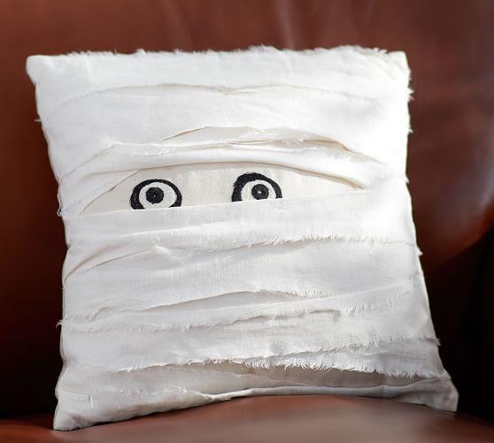 mummy-decorative-pillow-c